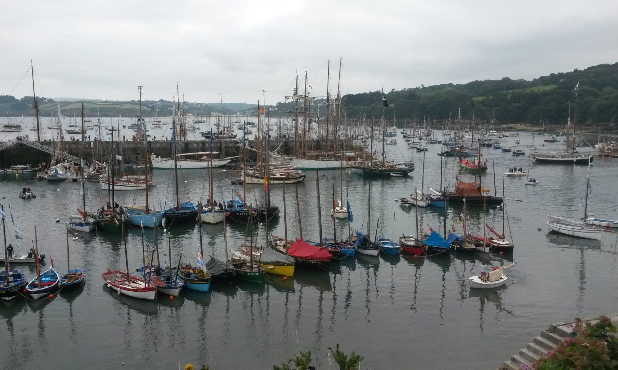 Port Duarnenez - französische Hafenstadt an der Biskaja.